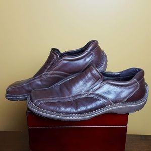 Steve Madden brown slip on loafers men's size 12